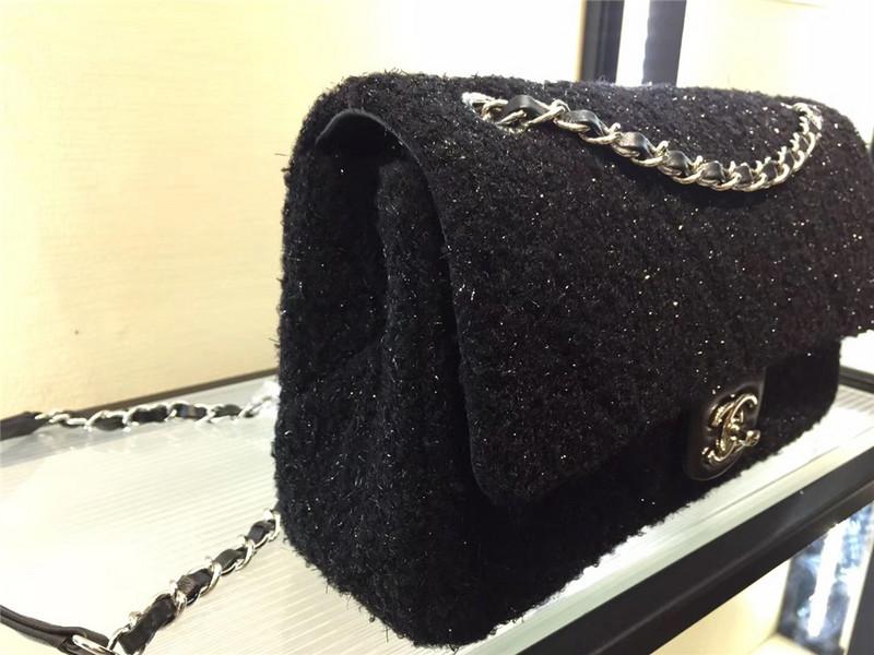 Túi Xách Chanel Classic màu đen lông dạ size 28 cm (4)