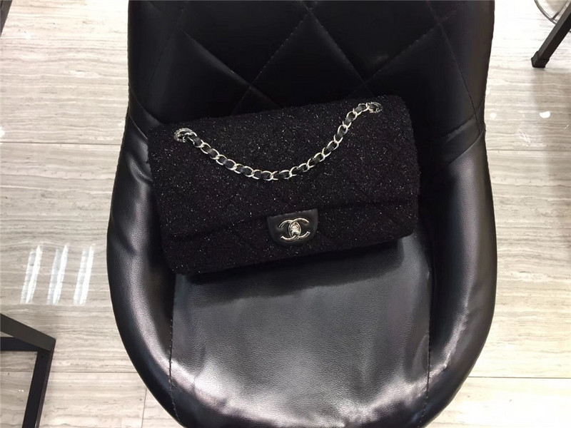 Túi Xách Chanel Classic màu đen lông dạ size 28 cm (8)