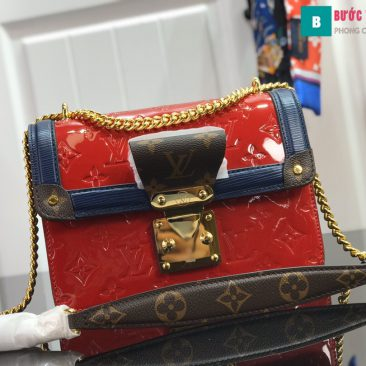 Louis Vuitton LV Wynwood Shoulder Bag (10)