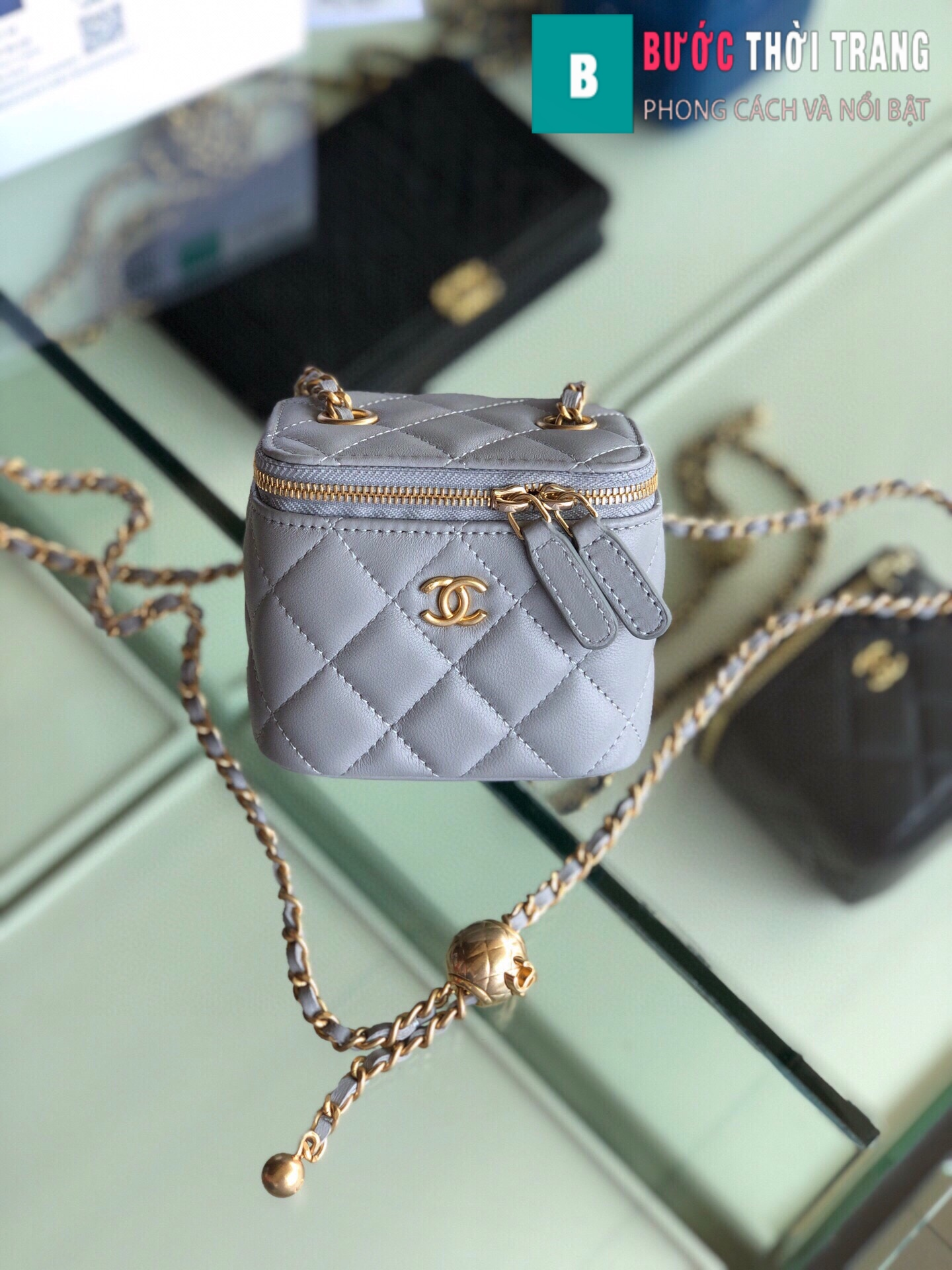 Túi xách Chanel Small vanity bag with strap (28)