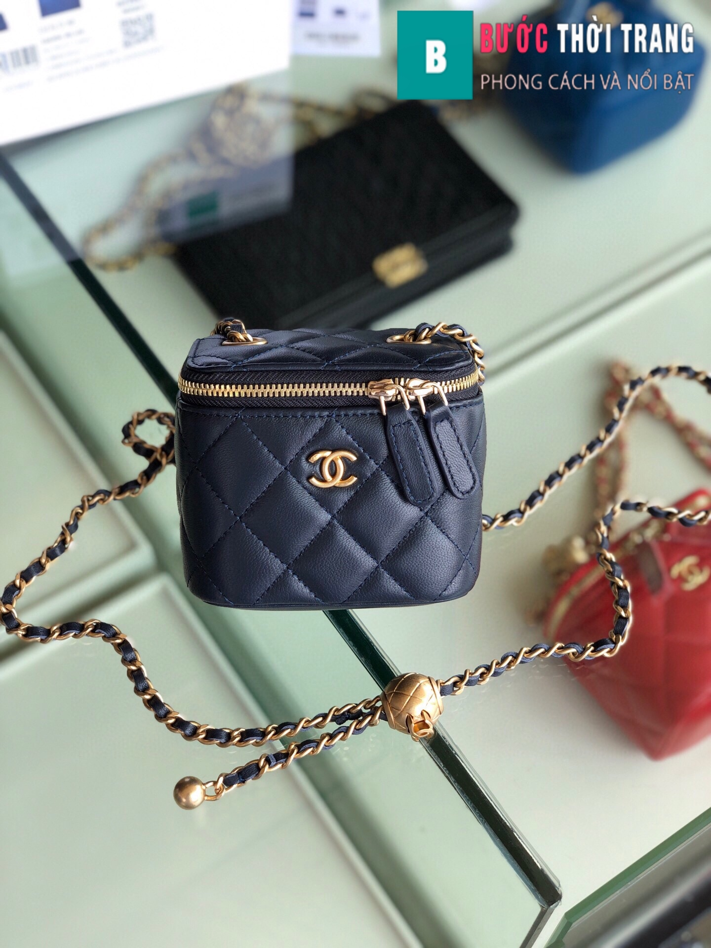 Túi xách Chanel Small vanity bag with strap (44)